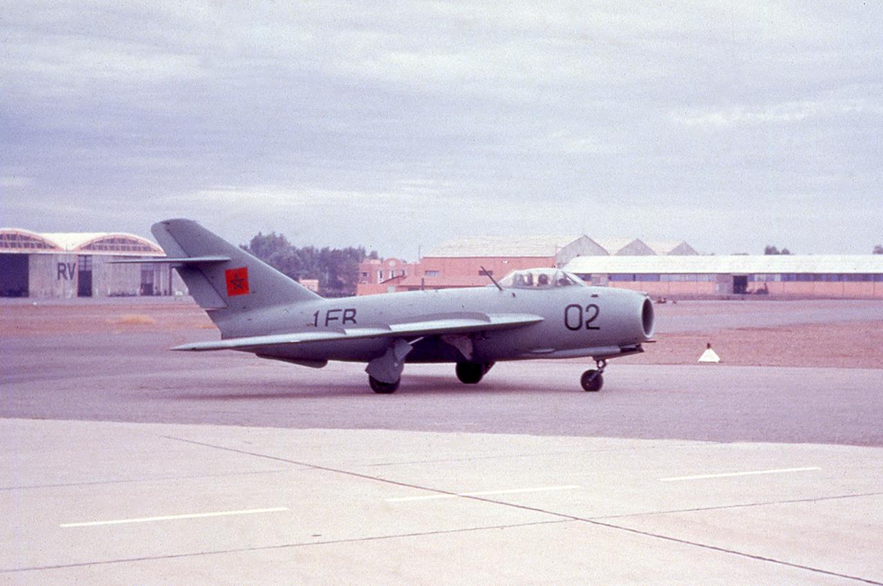 FRA: Photos anciens avions des FRA - Page 10 45999329272_71b1f16631_o