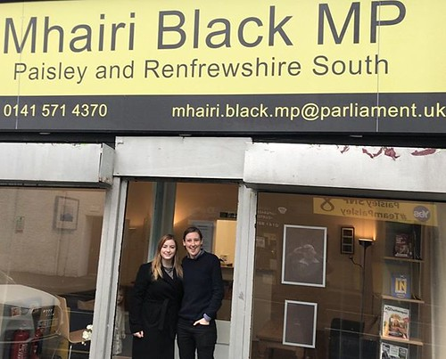 Mhairi Black Urges People to Support Renfrewshire Christmas Toy Bank - Paisley Scotland https://psly.scot/2ASfKh9 | by paisleyorguk