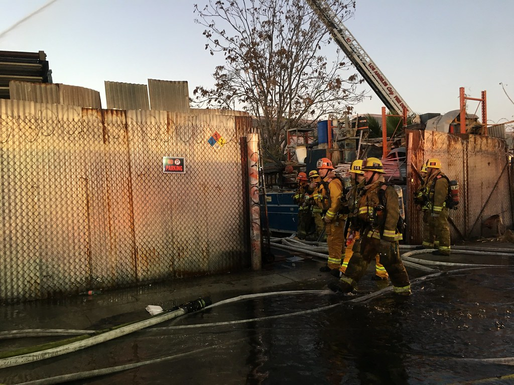 Greater Alarm Structure Fire In Central Alameda By Lafd