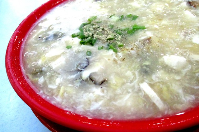Tofu soup with canned oysters