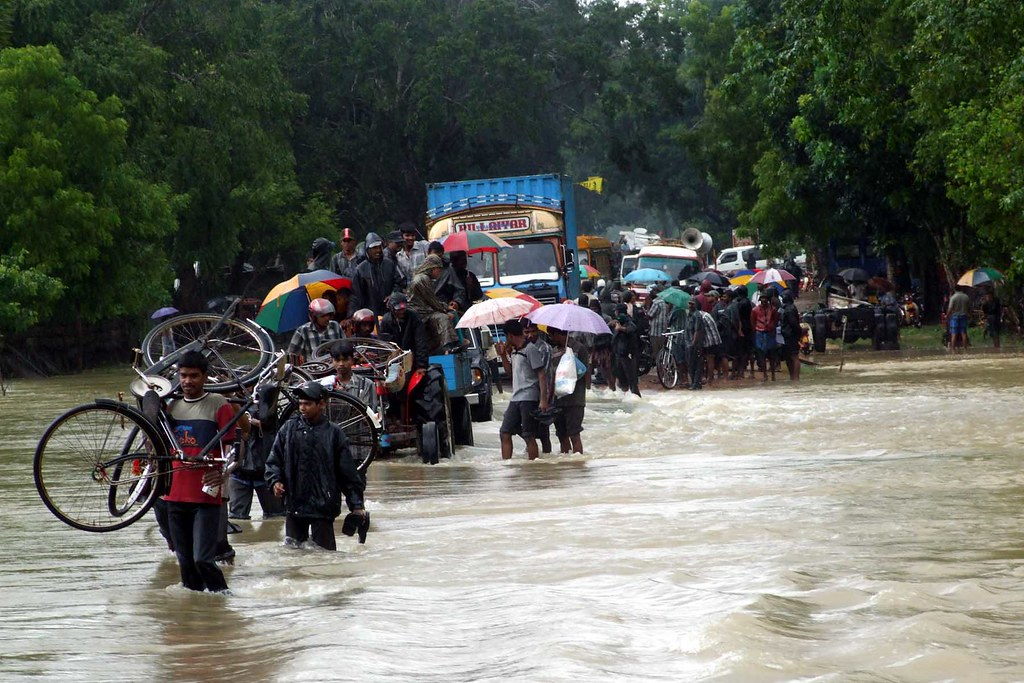 斯里蘭卡西南部地區發生了土石流和洪水災害。