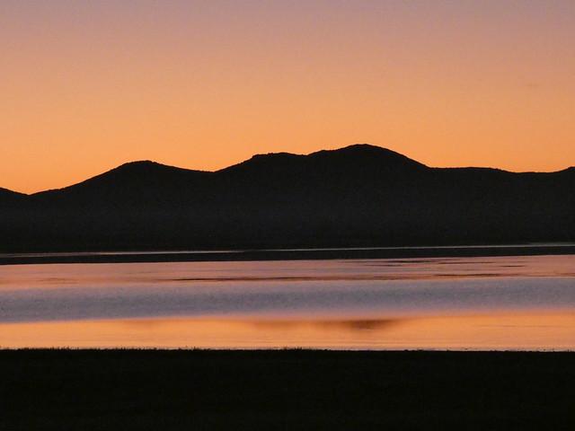 Amanecer en la Laguna de Gallocanta (Tierras del Jiloca y Gallocanta, Aragón)