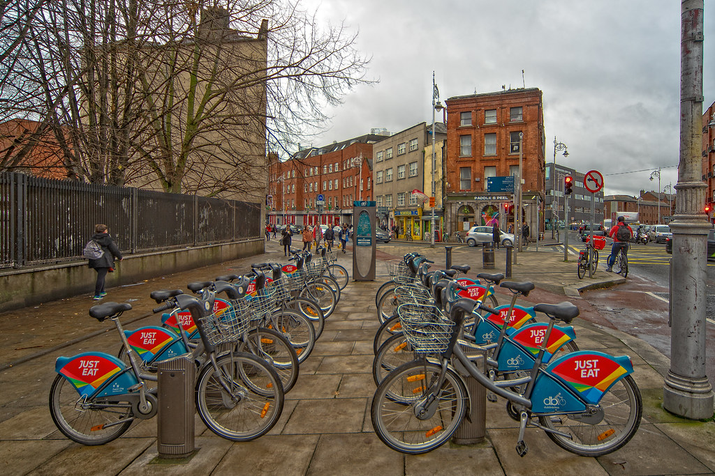 DUBLIN BIKES STATION 03 ON BOLTON STREET 004