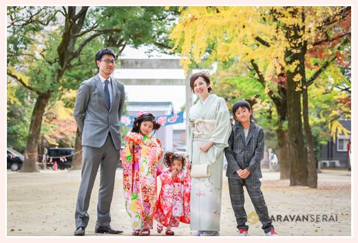 七五三 家族の集合写真