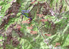 Carte IGN du secteur Carciara - Punta Rossa avec les tracés des chemins du Carciara et de Paliri et le chemin du Carciara amont HR22 en bleu