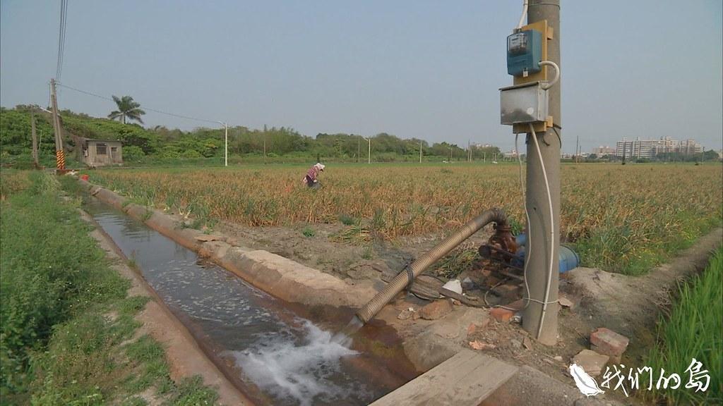 集集攔河堰的興建,原本是要讓農民有穩定水源可以灌溉,現在卻面臨常態性的缺水。