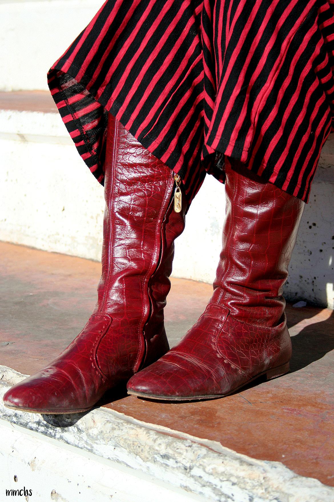 botas rojas altas de mujer