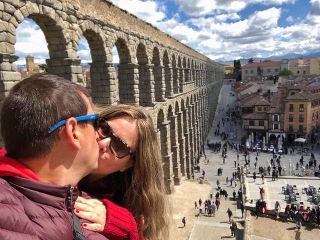 Rebeca y Sele en Segovia por el décimo aniversario