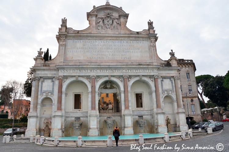 Outra fonte que adoro rever è a a Fonte do Gianicolo também conhecida como Acqua Paola.