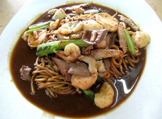 Chu Lai Cafe Foochow fried noodles special 1