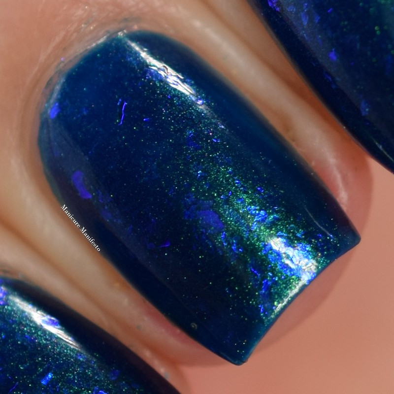 EDM Midnight Mermaid swatch