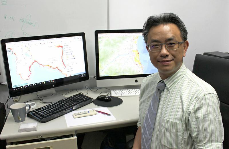 中央大學水文與海洋科學研究所副教授吳祚任。