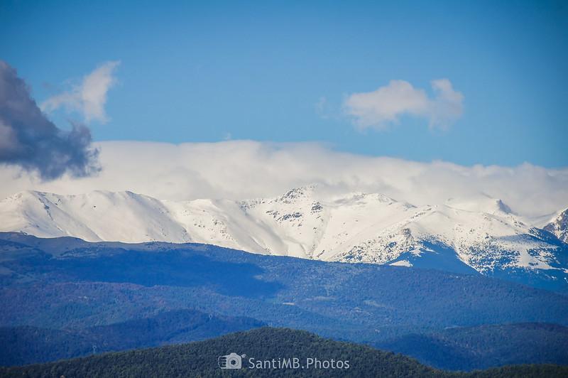 Pirineo del Ripollès desde el volcán del Racó