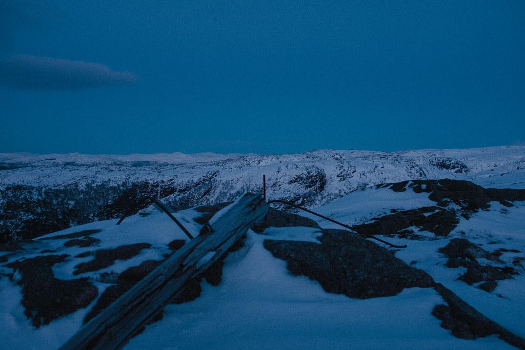 Mountain landscape photo, winter, snow, dusk.