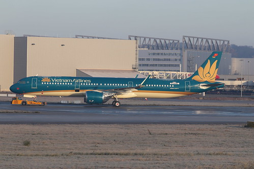 A321neo Vietnam Airlines VN-A619 | by XFW-Spotter