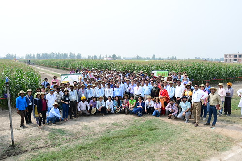 13th Asian Maize Conference | Field visit group photo ...