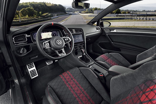 The new Volkswagen Golf GTI TCR | by Az online magazin