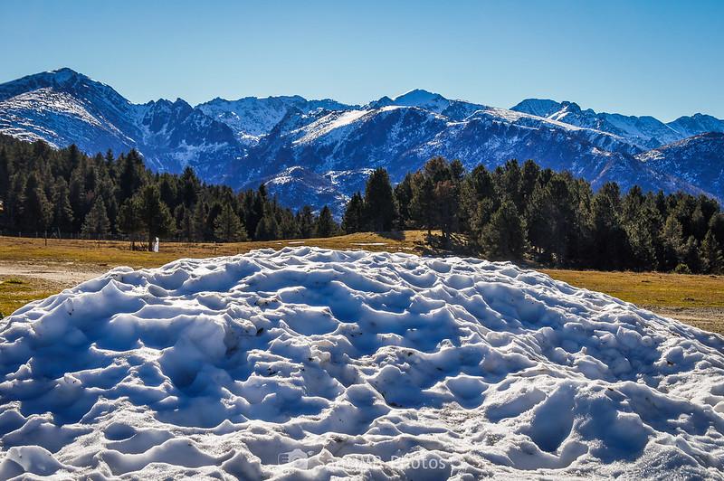 Nieve amontonada en Plateau de Beille