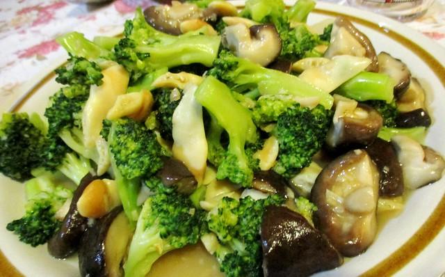 Broccoli mushroom