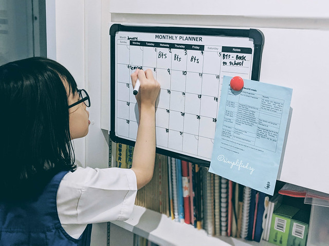 Noting down school calendar