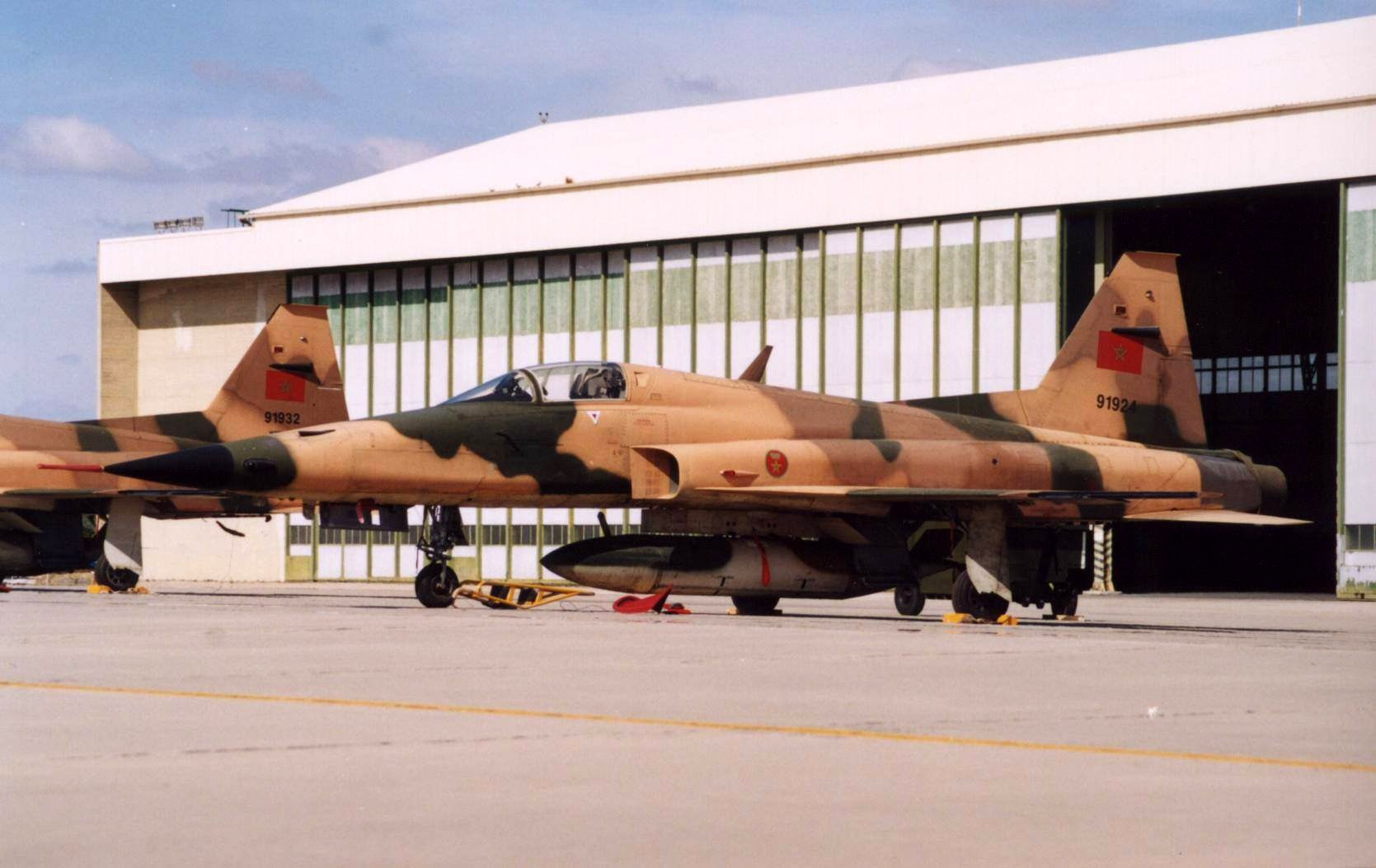 FRA: Photos F-5 marocains / Moroccan F-5  - Page 12 45767353805_b9655f1726_o