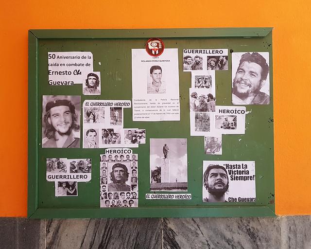 Tablón de anuncios de mi edificio en La Habana