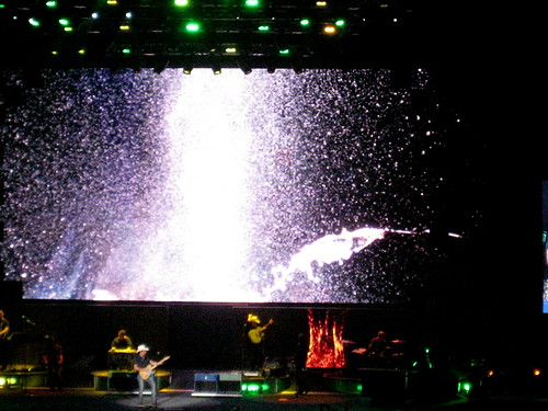 Brad Paisley Concert at the BOK Center | by lesley zellers