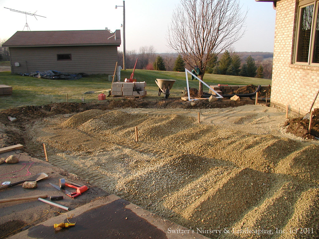 ... Paver Patio Front Entry - Chrushed Limestone Patio Base | by Switzer's  Nursery & Landscaping - Paver Patio Front Entry - Chrushed Limestone Patio Base Flickr