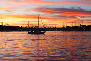 Marina Del Rey boat and dazzling sunset | by dailymatador