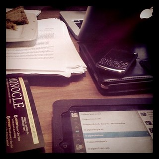 iPad, iPad, Blackberry, MacBook, Monocle on half a table: this is THE place | by illustir