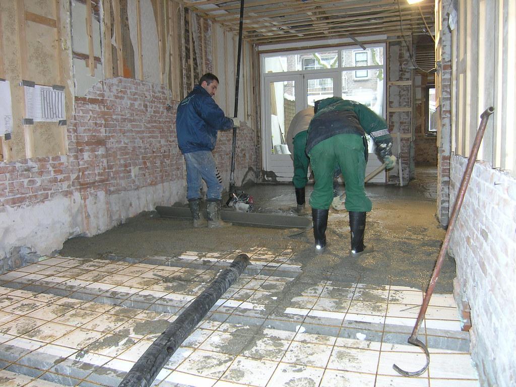 Woonkamer Met Beton : Verbouwing 2010 beton in woonkamer claudia flickr