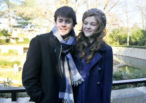 are georgie henley and skandar keynes dating