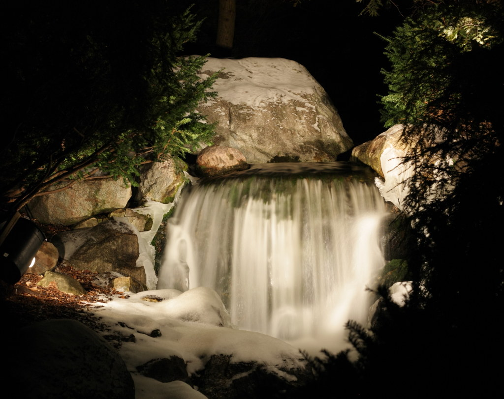 Dow Gardens waterfall | Kevin Remer | Flickr