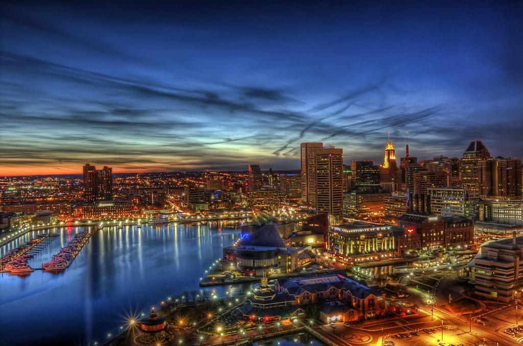 Christmas Eve. Downtown Baltimore   700 Aliceanna Street Bal…   Flickr