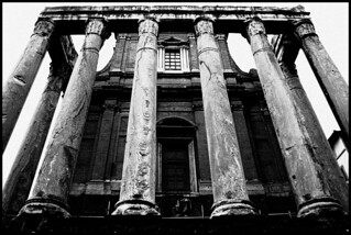 The Temple of Antoninus and Faustina | by albireo 2006