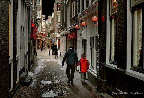 Oudekennissteeg  Red Light District. An enjoyable walking tour | by martin alberts Pictures of Amsterdam
