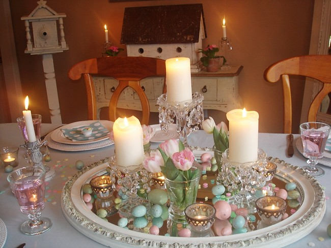 Easter Decorating Dining Table Centerpiece