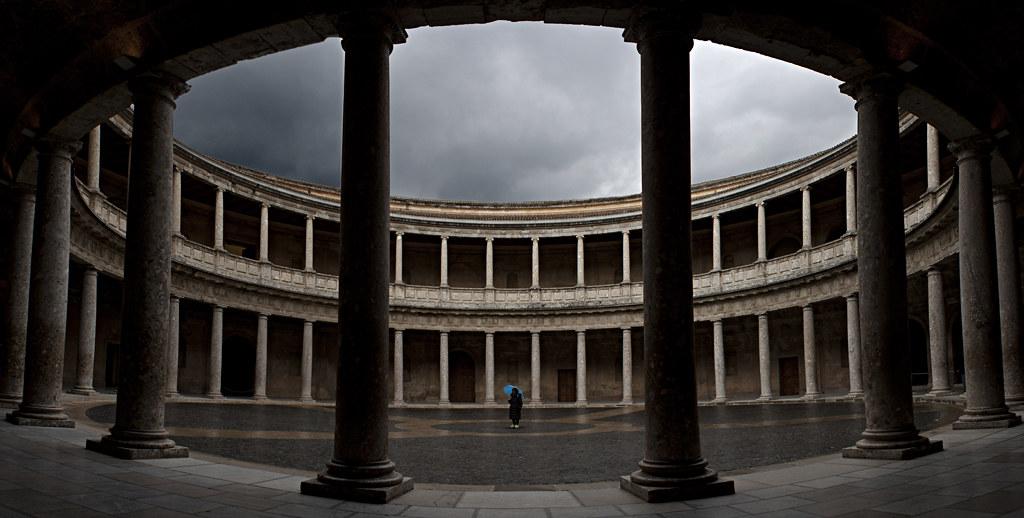 ... Patio Del Palacio De Carlos V | By FerWoo