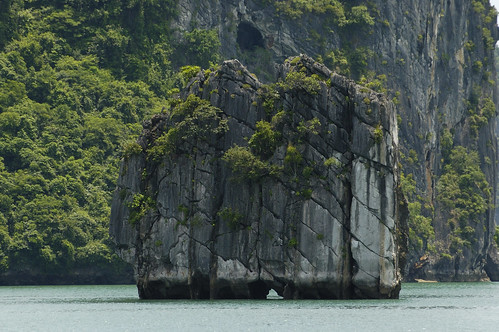 Vietnam Ha Long Bay | by llee_wu