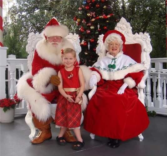 Meet greet santa claus and mrs claus at ecpot in disney wo flickr meet greet santa claus and mrs claus at ecpot in disney world by love disney m4hsunfo