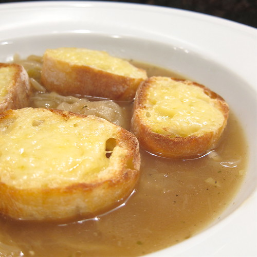 French Onion Soup for Two | by katbaro