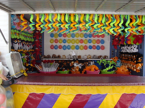 Break the Balloon Game for Festivals | by MurrayBrosShows