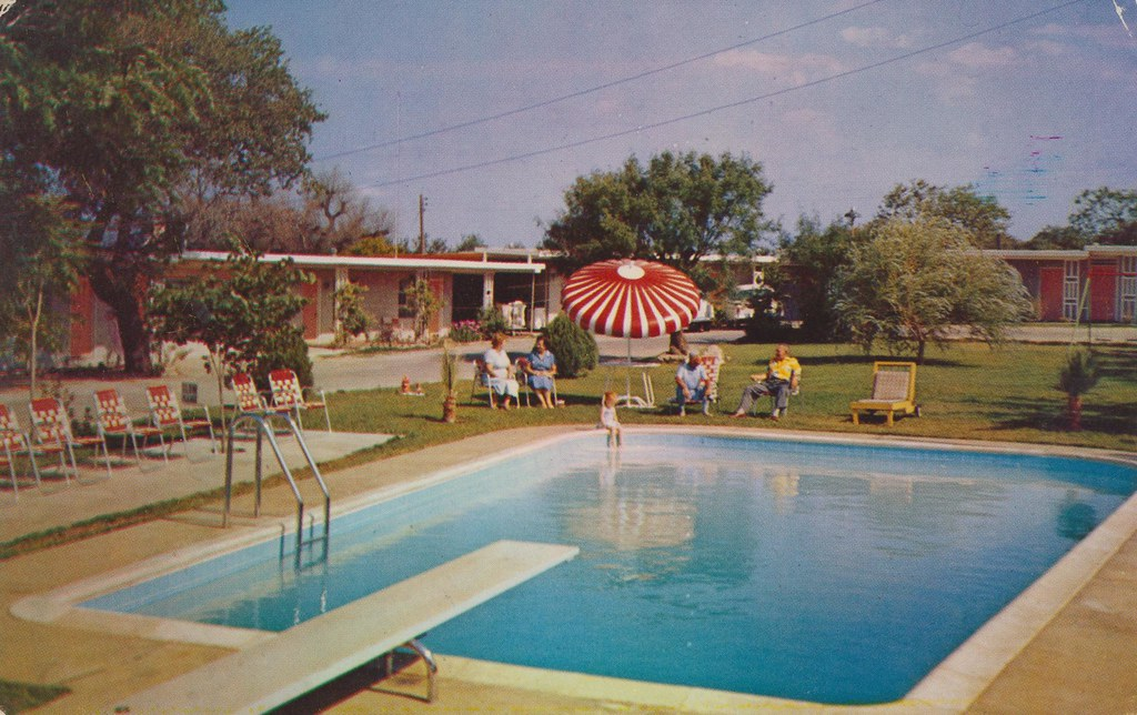 Arrowhead Motel - Burnet, Texas