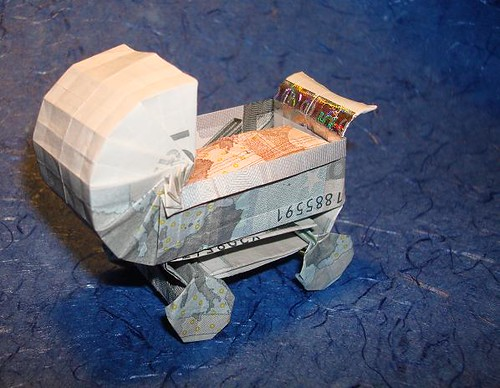 origami geld kinderwagen origami geld kinderwagen money b flickr. Black Bedroom Furniture Sets. Home Design Ideas