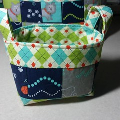 Mini dog basket for Christmas gift for a coworker.