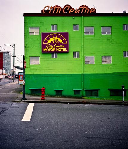 City centre motor hotel mamiya 7 ii 50mm f 4 5 lens for Civic centre motor inn