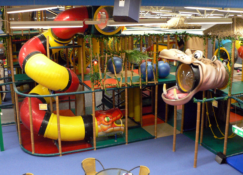 Themed Indoor Playground - Jungle Themed - Snake Spiral Sl… | Flickr