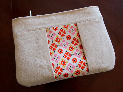 inset zipper pouch | by Spotted Stone Studio {Krista}