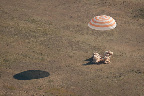 Expedition 27 Landing (201105240001HQ) | by NASA HQ PHOTO