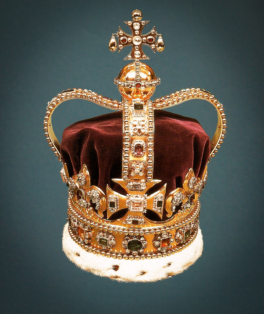 St. Edward's Crown at The Crown Jewels - Tower of London | Flickr